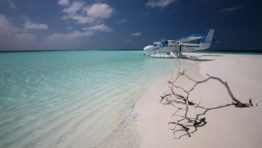 Maldivian Air Taxi Wallpaper