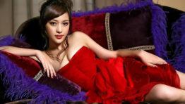 Sexy Asian Babe Wallpaper